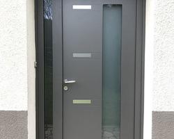 LES FERMETURES D'AUVERGNE - Clermont-Ferrand - Porte d'entrée aluminium