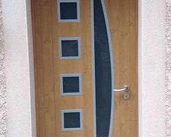 LES FERMETURES D'AUVERGNE - Clermont-Ferrand - Porte d'entrée PVC