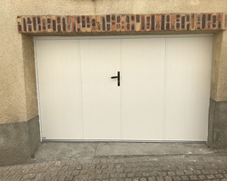 LES FERMETURES D'AUVERGNE - Clermont-Ferrand - Porte de garage battante